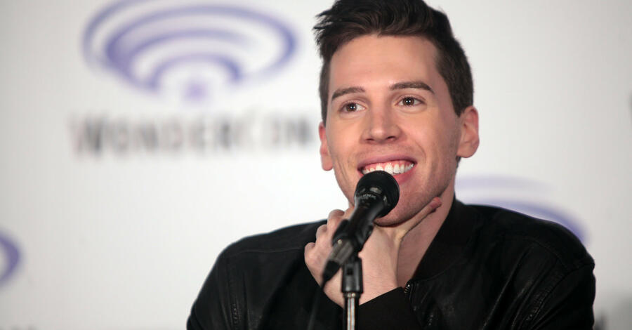 """Orphan Black""-Star Jordan Gavaris hat sein Coming-out"