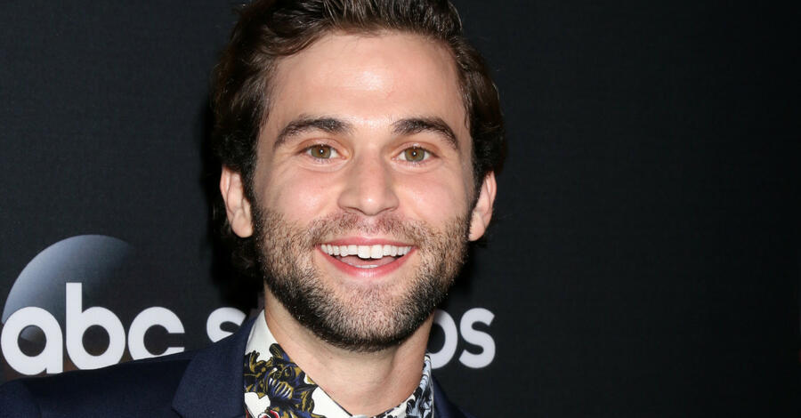 "Das Coming-out von ""Grey's Anatomy""-Star Jake Borelli"
