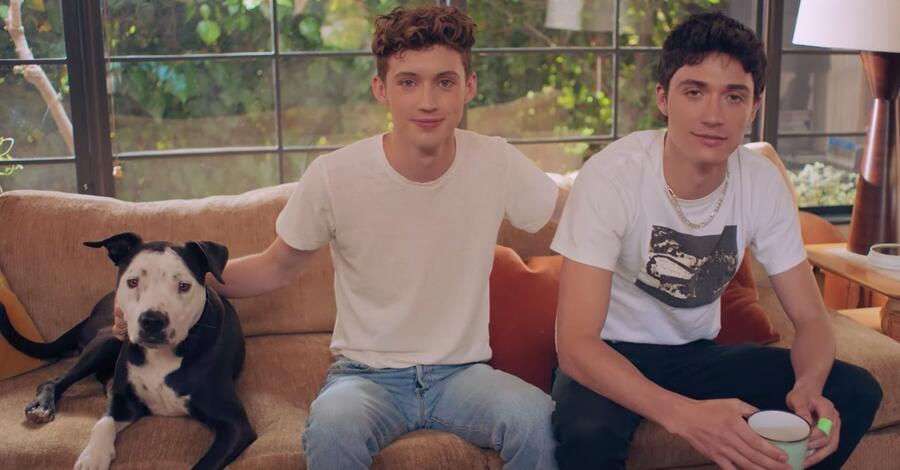 Video: 73 Fragen an Troye Sivan