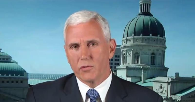 Gouverneur Mike Pence geht nicht auf die Frage ein, ob mit dem Gesetz ...